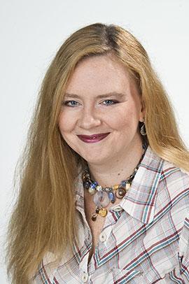 Lisa Quinteros